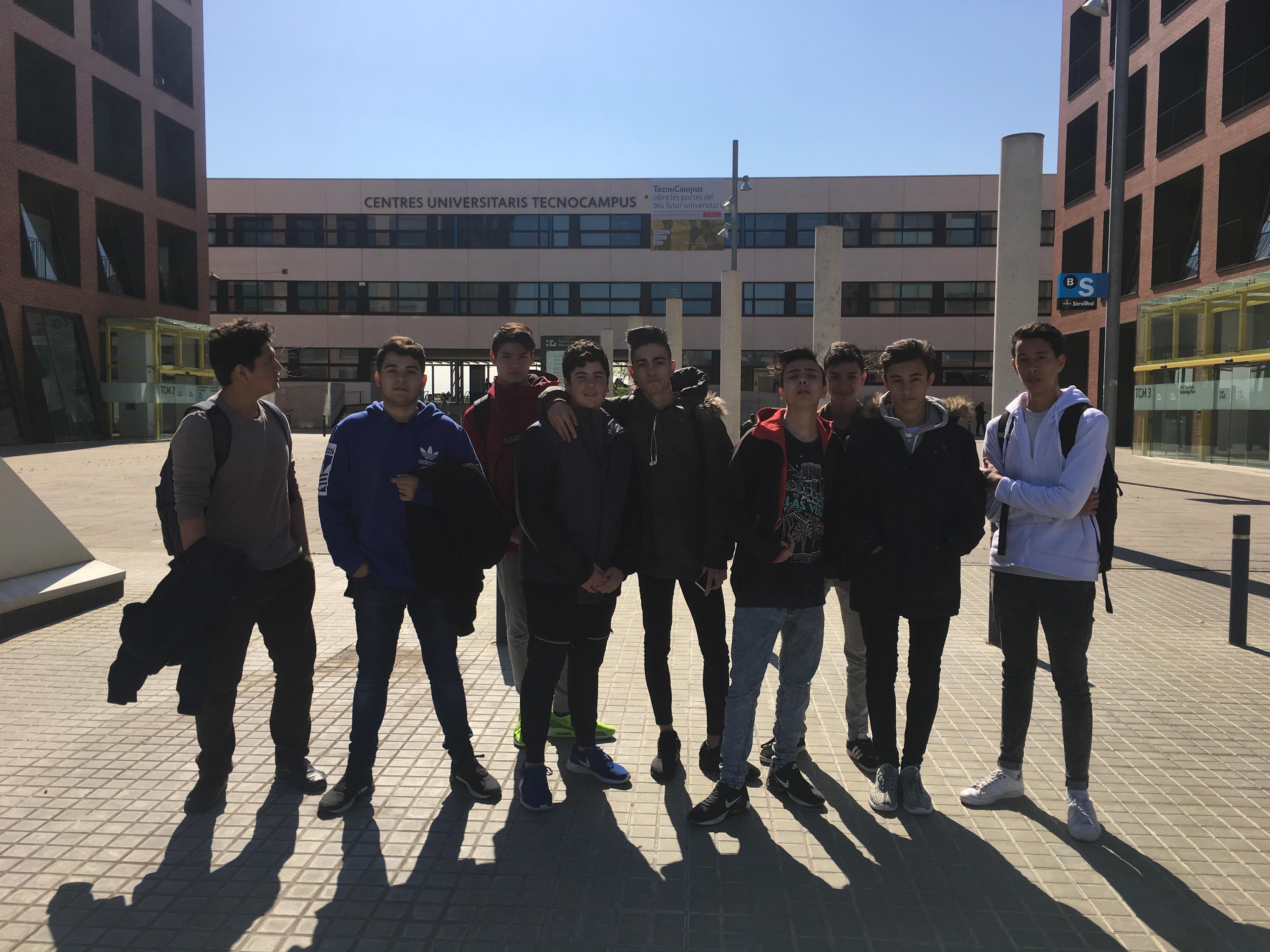 Els alumnes del PFI d'informàtica visiten el Tecnocampus de Mataró.